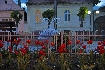 Flori si fantana arteziana in Parcul Central din Zarnesti